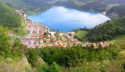 Obec Dedinky na brehu Palcmanskej Maše
