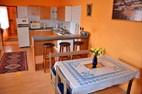 Apartmán MATEJ - kuchyňa s barovým pultom