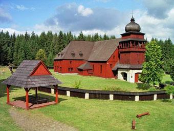 Dřevěný artikulární kostel Svätý Kríž